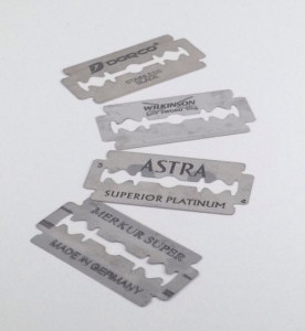 An image of double edge razor blades