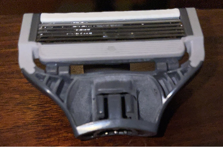 A picture between the individual razor blades after third shave.